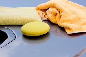 Frottéhanddukar är underskattade hjälpmedel. De kan med fördel tvättas och användas många gånger.