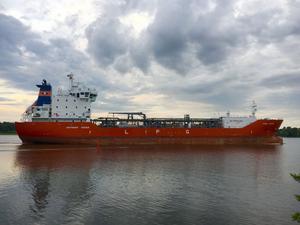 Genom muddringen kan större fartyg komma in i Mälaren och till Köping vilket kan medföra att det blir färre fartyg trots ökade godsvolymer. Arkivbild