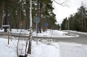 De tolv tänkta villorna i hörnet Burevägen–Gaffelbyvägen har lagts på is...