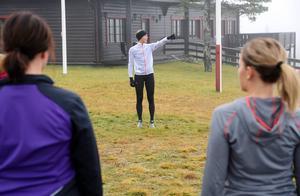 Många följde med Lena Gavelin ut på ett löp- och träningspass på lördagsmorgonen.