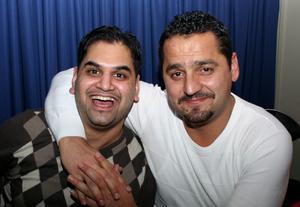 Blue Moon Bar. Ali och Aabit