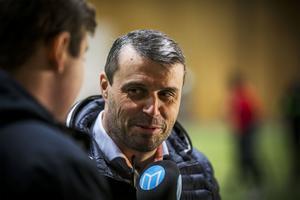 – Det blir en hemlighet tils vi avslöjar planerna för spelarna, svarar Kindberg.