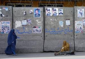 Den afghanska huvudstaden har byggts in i barriärer som ska skydda mot attacker och självmordsdåd.