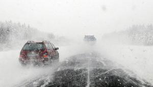 Lätta på gasen och bli kvar på vägen, uppmanar insändarskribenten.  Foto: SCANPIX