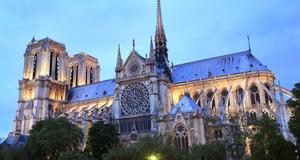 Notre Dame är det mest välbesökta turistmålet i paris.