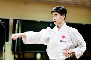 1 oktober: Sam Biranvand vinner VM-guld i shotokan. Och säsongen har bara börjat...