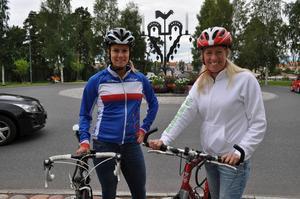 Stolta som stadens Tuppstake har cyklisterna rätt att vara som tar sig i mål på den 13 mil långa premiärturen av Leksandsrundan.   - Vi har stora planer för Leksandsrundan och cykelveckan, avslöjar eldsjälarna Erica Sterner och Bodil Wilén, som tillsammans med cykelklubben Brudpiga RK arrangör cykelveckan i Leksand.