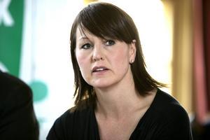 Leksands kommunalråd Ulrika Liljeberg (C) menar att hon har svarat på mejlen, men erkänner också att återkopplingen kunde varit bättre.