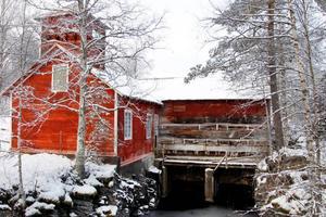 Nu får mark- och miljödomstolen bestämma om de ska ta upp Kammarkollegiets begäran att återkalla Jämtkrafts kraftverkstillstånd i Långforsen.