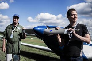 Ari Saarinen och Antti Mäkelä från flög varsin Fournier RF5.