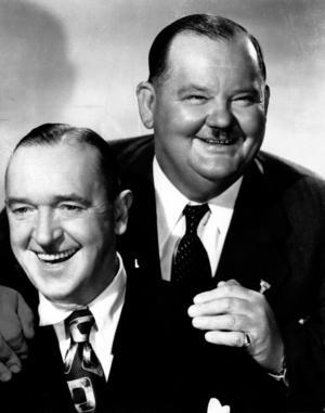 Stan Laurel (vänster) och Oliver Hardy gjorde över 100 filmer tillsammans som Helan och Halvan.