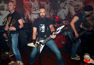 Rockbandet Corroded, med fyra medlemmar boende i Östersund, gör trailermusiken till Robinson. Foto: Lasse Ljungmark