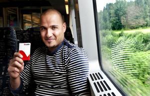 Mohammed Mowsooy är en flitig och nöjd tågresenär.