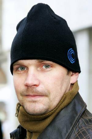 JohanFriström, 32 år, Bromölla:– Ja, det är väl alla som är det nu. Det man läst om äldreomsorgen så är den inte bra.