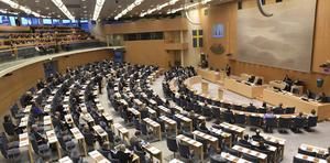 De förslag till ett nytt samhällskontrakt som Tino Sanandaji skisserar kommer att röstas igenom här, i riksdagen, tror DT:s krönikör Martin Borgs.