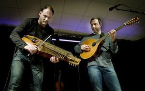 Johan Hedin och Esbjörn Hazelius är två av Sveriges mest etablerade folkmusiker.