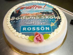 Sista pusselbiten på plats för Bodums friskola. Nu tar Rossöns samhälls- och företagareförening över skolbyggnaderna.