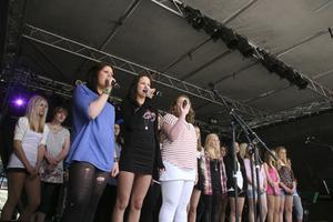 Flera körer sjöng på Skolans dag.