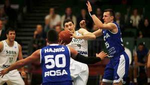 Toni Bizaca dominerade mot polska Rosa Radom