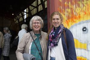 Susanne Park, Hudiksvall, med dottern Sofia Park, som numera bor i Göteborg, var nöjda med kvällens föreställning.