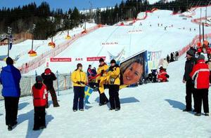 """Tack vare de 35 miljoner som Åre kommun lånade fick Åre en fullvärdig alpin tävlingsarena i tid till VM. Bilden är från """"För-VM"""" 2006 då målhanget användes för första gången i stort sammanhang.Foto: Elisabet Rydell-Janson"""