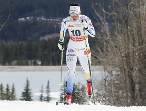 Charlotte Kalla i aktion i Canmore, Kanada, på10 km klassisk jaktstart.