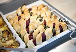 Mat till ungefär 1000 personer produceras varje dag på Kostservice på Falu lasarett. Arkivbild.