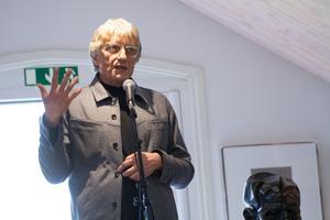 Jeff Bliumis, konstgjutare, berättade vad han lärt sig av Ernst Neizvestny och fascinerades över att upptäcka honom på nytt i Uttersberg.