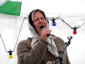 Janne Sandström underhöll med huckle vid förra årets sommarfestival.
