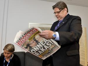Missnöjets förväntningar. Sannfinländarnas partiledare Timo Soini gläds åt valframgången, men kan få problem att infria de egna väljarnas förväntningar och samtidigt vara med i regeringen.foto: scanpix