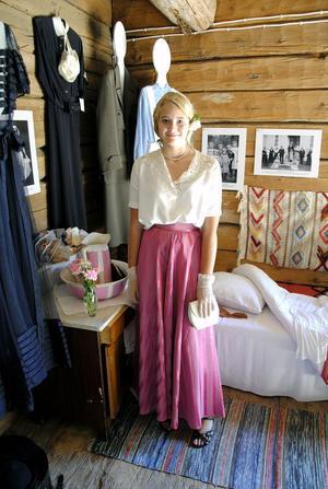 Agnes Bergkvist från Edsbyn hade satt på sig Faster Esters finklänning från 1920-talet.