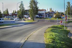 Korsningen Hamrevägen - Fabriksgatan i Bollnäs.