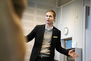 Gustav Fridolin är utbildningsminister och språkrör i Miljöpartiet.