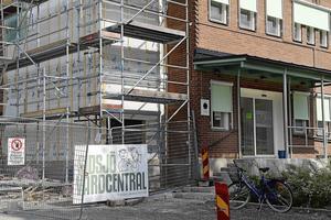 Sidsjö vårdcentral har byggts ut i omgångar, men nu går den inte att bygga ut mer.