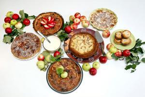 En orgie i äppelkakor. Nästan så det räcker till en kaka om dagen hela veckan.