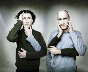 The Umbilical Brothers. De har premiär i Gävle på sin fjärde Sverige-turné.