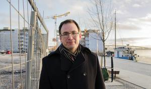 Kommunalrådet Peder Björk (S) är nöjd med beslutet.