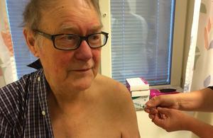 Sven Johansson vaccinerar sig varje år mot svininfluensan, han säger att han hållit sig frisk tack vare det.
