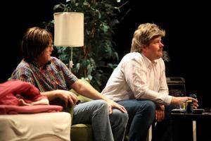 Christer Johansson och Christian Wallin spelar Tomas och Ulf i