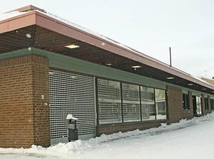 Bowlinghall? Systembolagets gamla lokaler i Hofors kan inom en snar framtid bli bowlinghall. Kommunstyrelsen ska på måndag fatta beslut om att bevilja bowlingklubben i kommunen ett lån på 8 miljoner kronor för att de ska kunna flytta in i lokalen.