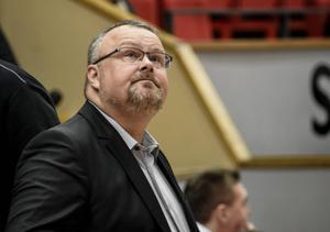 Coach Hansson.