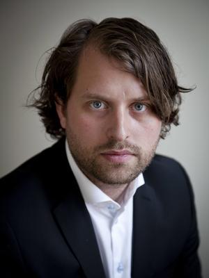 Erik Wikberg är forskare på Handelshögskolan i Stockholm och uppvuxen i Västerås. Foto: Max Green Ekelin