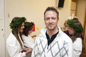 Magnus Jacobsson i Borlänge Barnens Dagsförening är spindeln i nätet när det gäller arbetet brunt Borlänges Lucia.