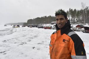 Micke Persson har dragit igång drifting på sjöis i Älvdalen.