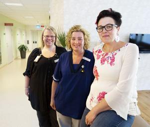 Anne Kilpelänaho, Sophie Klang och Anna Sundqvist är alla utbildade specialistsjuksköterskor. De har ett så kallat bristyrke, enligt Arbetsförmedlingens prognos.