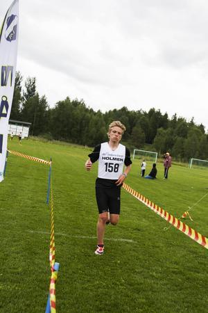 Jesper Persson tog hem herrarnas sju kilometers klass.