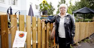 En trädgård bara för äldreomsorgen. Det gör Saga Astner, som arbetar inom den närliggande handikappomsorgen, upprörd.