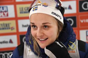 Stina Nilsson tänker köra alla VM:s tävlingar. Mästerskapet inleds om drygt en vecka.