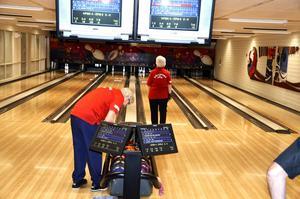 Seriestart. Nu har spelet börjat i seniorernas bowlingserier i Örebro län.