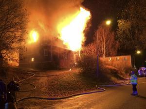 Liden 31 oktober: Giljotinmuseet brinner ner.